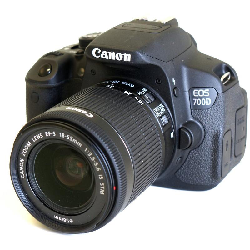Camera foto Canon DSLR EOS 700D + EF-S 18-55 IS STM Black, 18 M