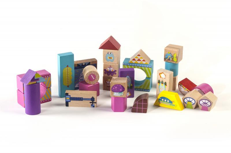 """""""Cuburi lemn colorate pentru constructie Fiecare formă are prop"""