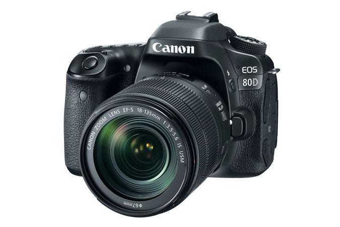 "Camera foto Canon EOS80D EF 18-135 IS USM, 24MP, CMOS,3"" TFT fu"